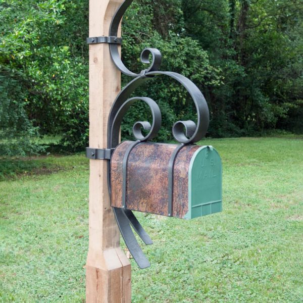 Highlands Mailbox